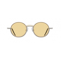 PLAYER - Bold half-rim metallic round shaped sunglasses. It has full framed rims but looks like a semi-rimmed sunglasses. By covering bridge with acetate and using different variation of colors, it showcases its one-of-kind design. It features striking reverse half-rim design to create a unique feeling.