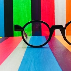 Montparnasse frame - <p><br />Montparnasse model,</p> <p>Cellulose acetate frame manufactured in France.</p> <p>Available in 5 colors</p>