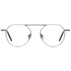 HORIZON - Optical version of HORIZON. Based on the shape of HORIZON 763, rim size and bridge thickness have been reduced. Also the end pieces and temples are changed from previous version for comfortable wear. The 148mm temple size helps comfort fit.