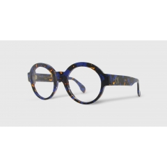 EK-1502 91 - Retro and iconic, Emmanuelle Khanh revisits the round glasses. The symmetry and purity of these lines ensure the elegance and femininity of the silhouettes.