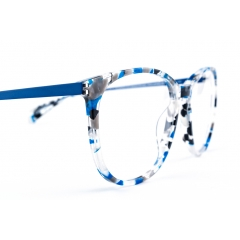 """Combi frames acetate/titanium - Jisco loves to play with shapes and colours. Our """"combi"""" frames offer the best of both worlds: fresh colours + visible frames & light weight + high quality."""